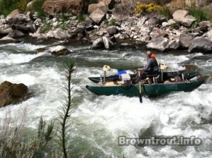 Pontoon style cataraft for fly fishing